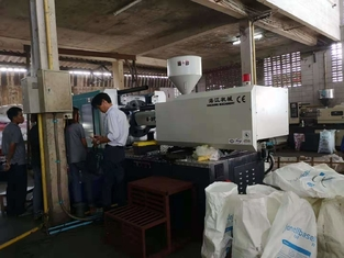 China Energy Saving HJF 180 Tons Servo Injection Molding Machine Horizontal Standard ISO9001 supplier