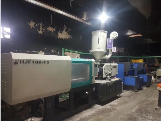 Small High Response Injection Molding Machine 1800KN / 180 Ton ISO9001