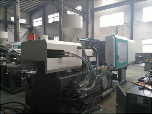 HJF240 240 Ton Plastic Auto Injection Molding Machine High Response 5.4*1.5*2m