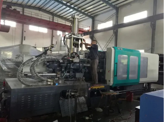 290 Ton Plastic Auto Injection Molding Machine Energy Saving 6.0*1.6*2.1m